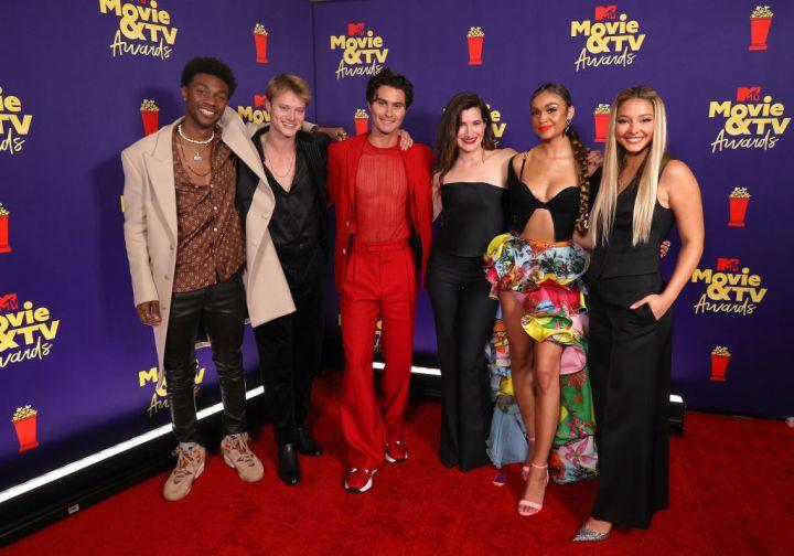 Netflix's Outer Banks Cast- 2021 MTV Movie & TV Awards