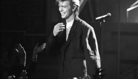 David Bowie On Top Of The Pops
