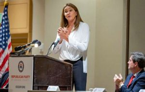 Caitlyn Jenner Speaks To Orange County Republicans