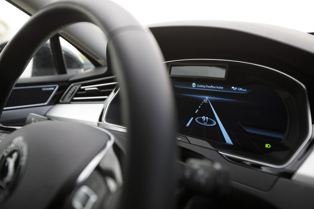 """Continental AG Demonstrate """"Cruising Chauffeur"""" Automated Driving On An Autobahn"""