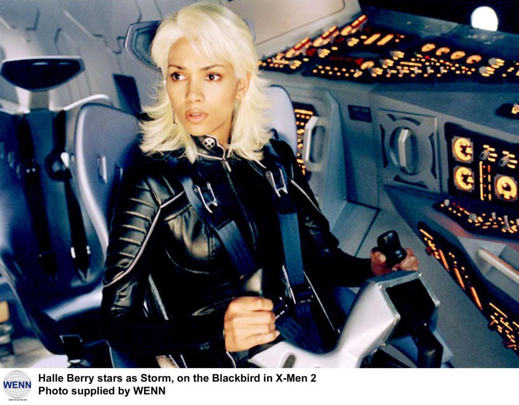 X-Men 2 stills